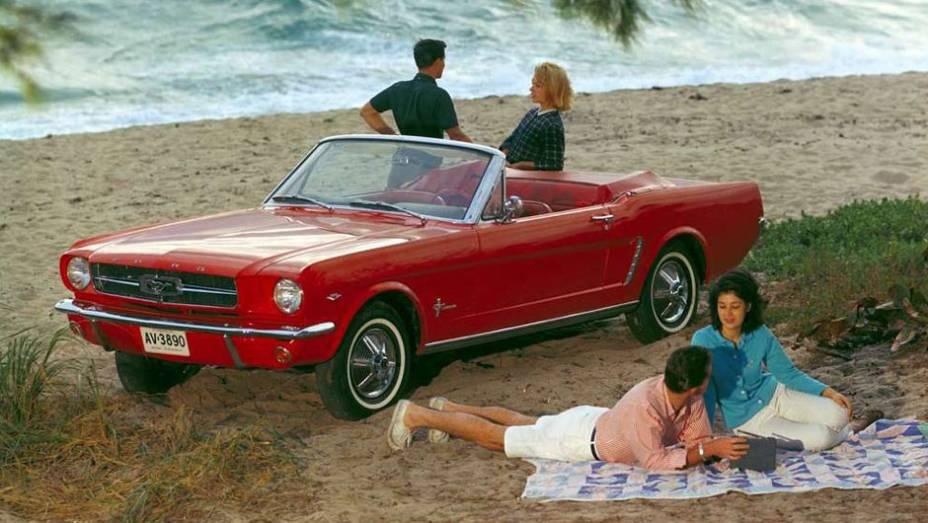 Lançado em 1964, o Mustang tinha uma projeção de vendas bastante modesta para o primeiro ano: 100 mil unidades, volume este atingido em apenas três meses