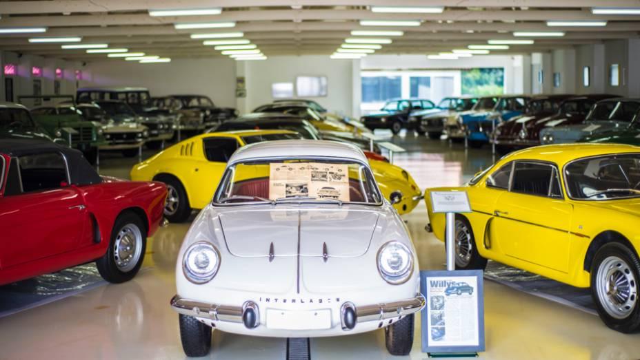 QUATRO RODAS visitou uma das maiores coleções paritculares de automóveis clássicos do país; o acervo de 160 carros inclui veículos raros e cobiçados em todo o mundo
