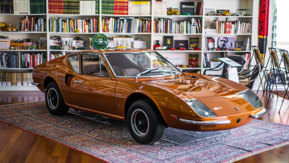 Produzido exclusivamente à pedido de Quatro Rodas, o Puma GT4R teve apenas três unidades fabricadas e sorteadas entre os leitores em 1969; o veículo é acompanhado por todos os exemplares da revista desde o número 1