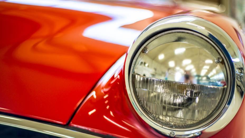 Capricho nos mínimos detalhes: o acervo é mantido por um profissional especialmente dedicado à preservação dos carros