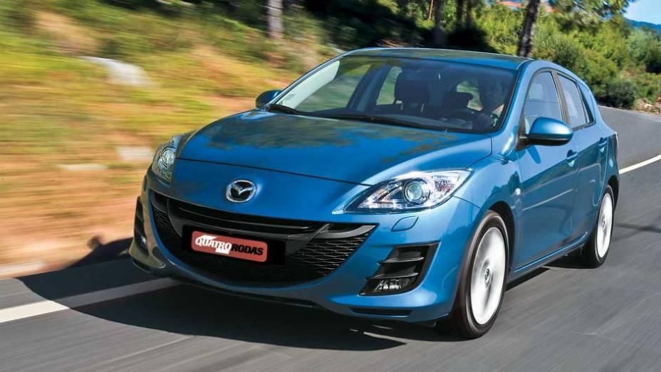 O Mazda3 possui o mesmo porte de um VW Gol e Ford Focus