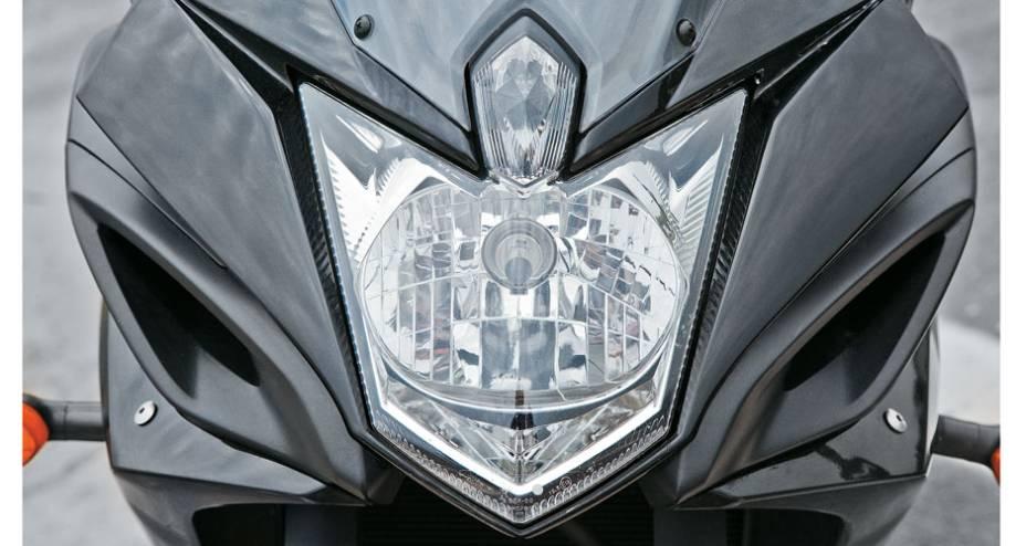 Um farol em Forma de escudo.