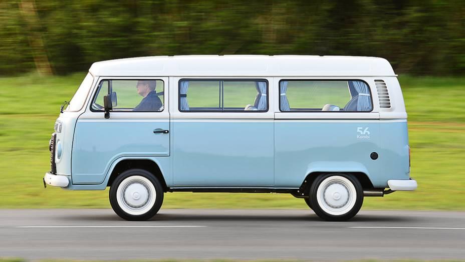 Teto elevado em 11 cm foi ideia da VW do Brasil em 1997