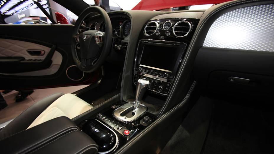 Bentley Continental V8 Coupé