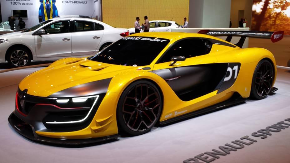 Além dos lançamentos, a Renault Sport aproveitou para exibir o R.S 01, carro feito para competição