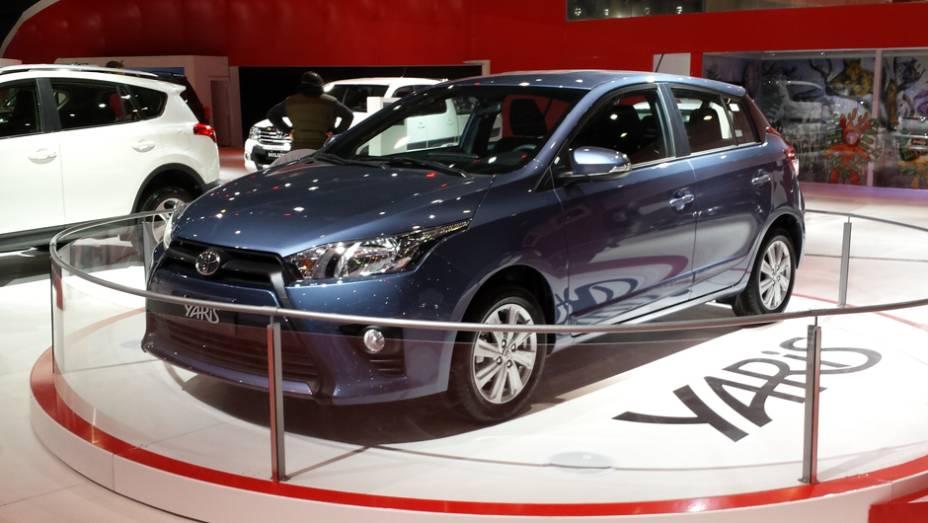 O Toyota Yaris foi exibido em Buenos Aires, modelo que, infelizmente, não é comercializado no Brasil