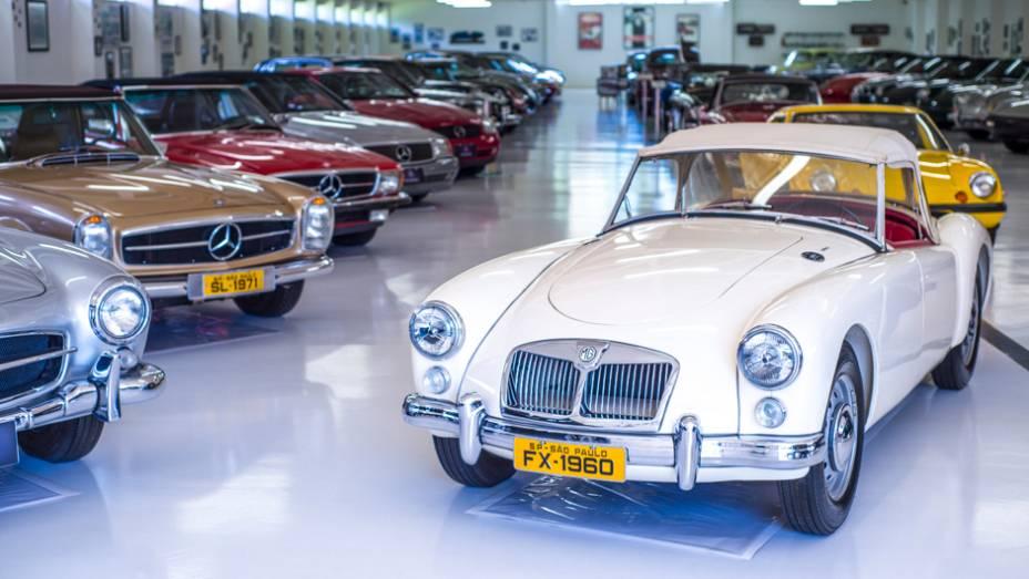 Conversíveis da Mercedes-Benz disputam espaço com outros esportivos europeus