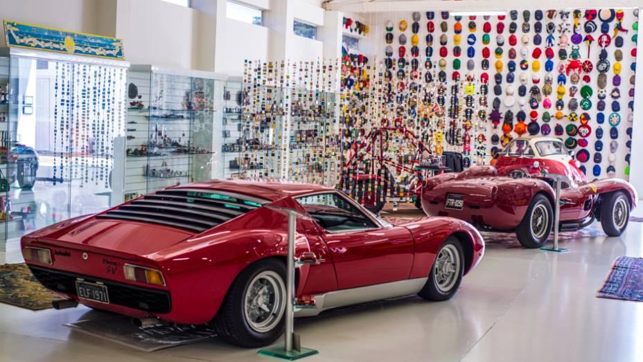 Lamborghini Miura SV e Ferrari 250: uma dupla dos sonhos para qualquer entusiasta de carros italianos