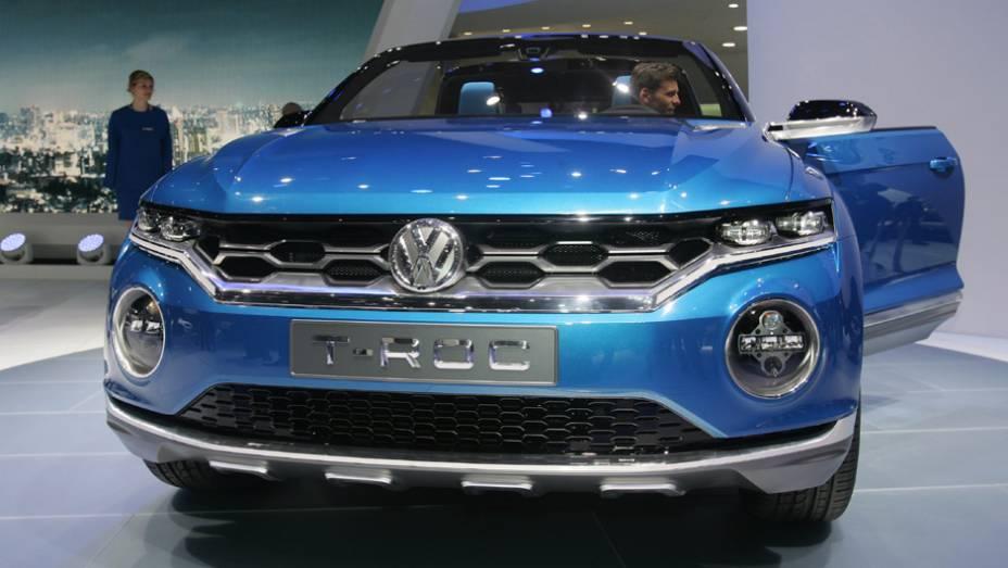 "VW T-ROC Concept   <a href=""http://quatrorodas.abril.com.br/noticias/saloes/genebra-2014/volkswagen-mostra-t-roc-concept-775227.shtml"" rel=""migration"">Leia mais</a>  <a href=""http://quatrorodas.abril.com.br/galerias/saloes/genebra/2014/direto-genebra-parte-2-775719.shtml"" rel=""migration""></a>"