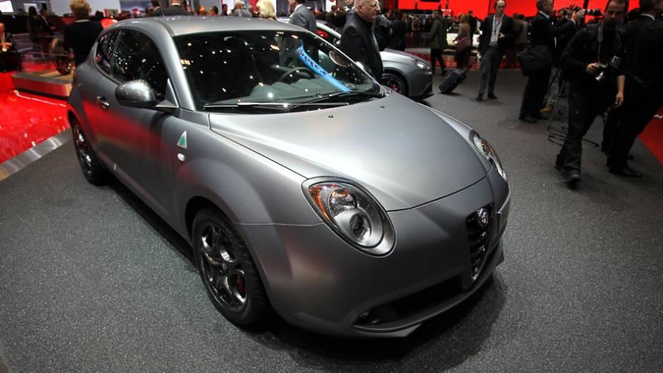 """Alfa Romeo MiTo   <a href=""""http://quatrorodas.abril.com.br/noticias/saloes/genebra-2014/"""" rel=""""migration"""">Leia mais</a>  <a href=""""http://quatrorodas.abril.com.br/galerias/saloes/genebra/2014/direto-genebra-parte-2-775719.shtml"""" rel=""""migration"""">Veja mais: Direto de Genebra - Parte 2</a>  """