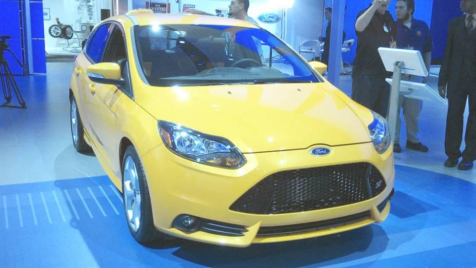 Fiesta ST: com quase 200 cv, opção mais nervosa do New Fiesta precisa de menos de sete segundos para ir de 0 a 100 km/h