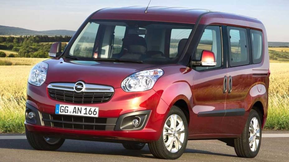 Modelo é construído com base no Fiat Doblò