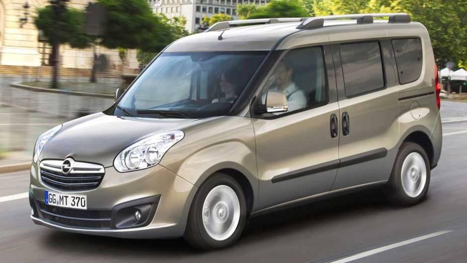 Veículo multiuso deve entrar no mercado europeu em fevereiro de 2012