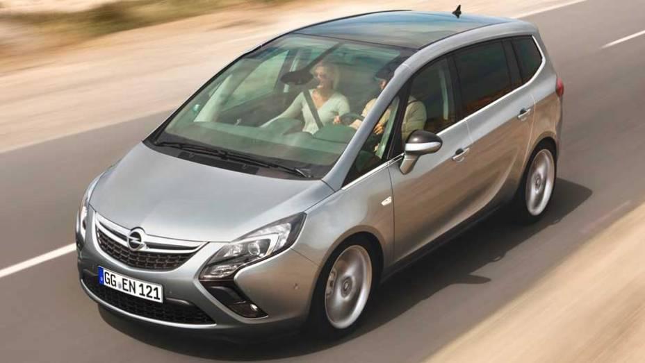 Minivan está 57 mm maior que sua versão anterior