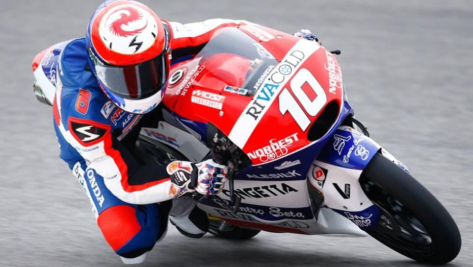 """Alexis Masbou em ação na MotoGP em Mugello   <a href=""""http://quatrorodas.abril.com.br/moto/noticias/marc-marquez-mantem-regularidade-pole-mugello-784738.shtml"""" rel=""""migration"""">Leia mais</a>"""