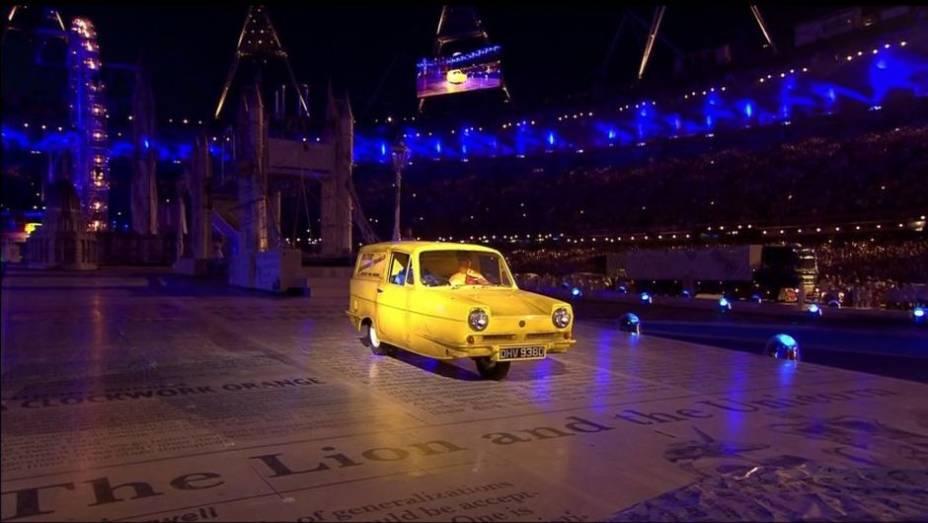 Jogos Olímpicos de Londres, por que não mostrar um carro típico do Reino Unido? Aconteceu na cerimônia de encerramento, com este Reliant Regal Supervan III.