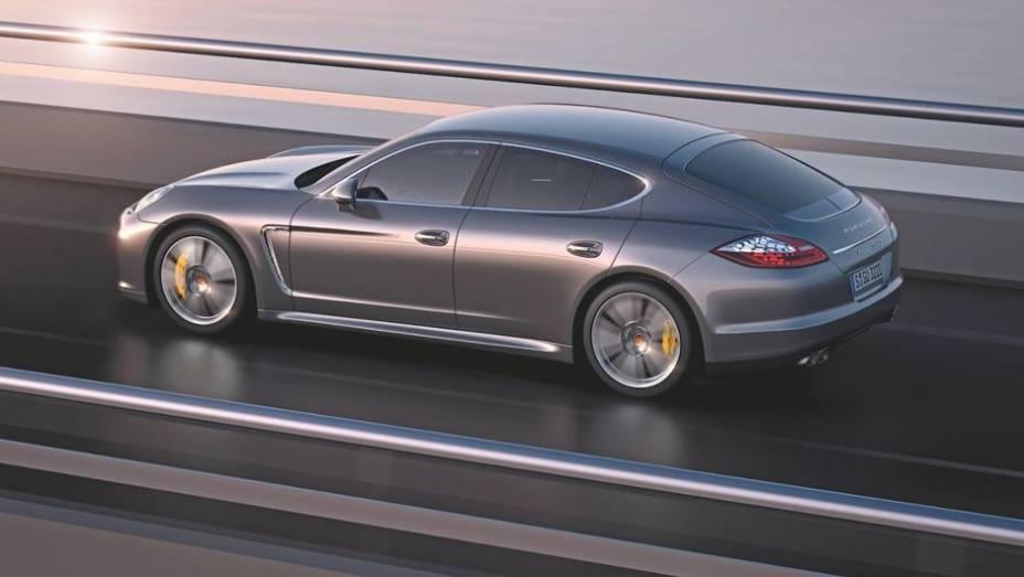 """QUATRO PORTAS - Puristas da marca odiaram, mas o """"cupê de 4 portas"""" da Porsche pegou em 2009 a onda do Mercedes CLS. Com motores V6 ou V8 e espaço para quatro, o Panamera é o Porsche que mais lembra o 911."""