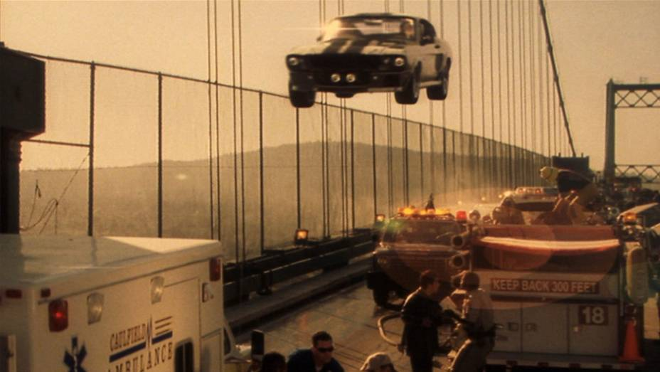 Carro com nome humano é um dos sinais de protagonismo. Eleanor é um Ford Mustang Shelby GT500 1967 guiado pro Nicolas Cage nas mais loucas perseguições.