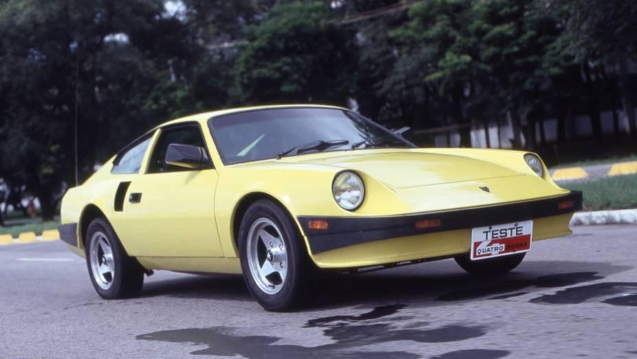 Com a venda da marca pela Araucária S/A para a Alfa Metais em 1988, o antigo P018 passou a ser chamado de AM3, equipado com motor VW 1.6 arrefecido a água - depois AM4 1.8