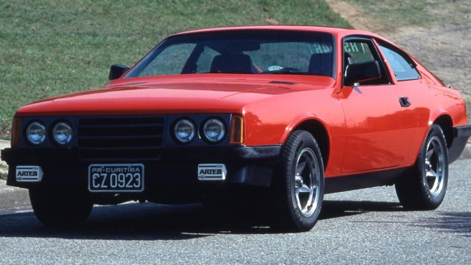 O antigo GTB ganhou frente inclinada com pisca verticais e bancos Recaro. A mecânica seis-cilindros de Opala foi mantida e do modelo Chevrolet vinham também as novas lanternas