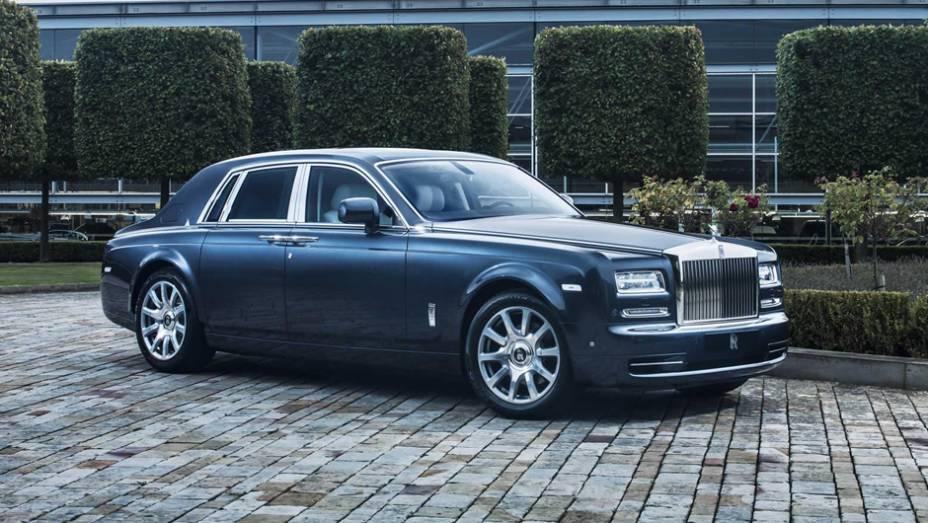 """Rolls-Royce Phantom Metropolitan Collection   <a href=""""http://quatrorodas.abril.com.br/noticias/saloes/paris-2014/rolls-royce-phantom-metropolitan-collection-apresentado-paris-803619.shtml"""" rel=""""migration"""">Leia mais</a>"""
