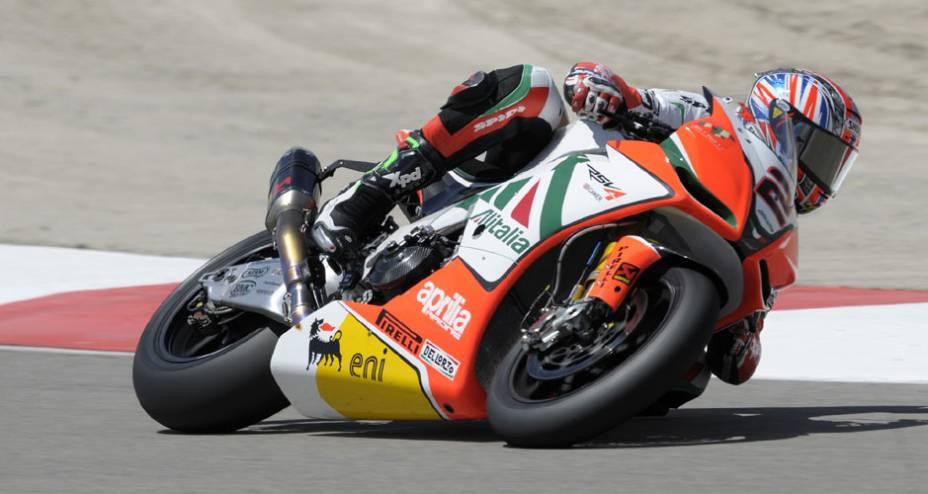 Companheiro de time de Biaggi, Leon Camier fez o 11º melhor tempo