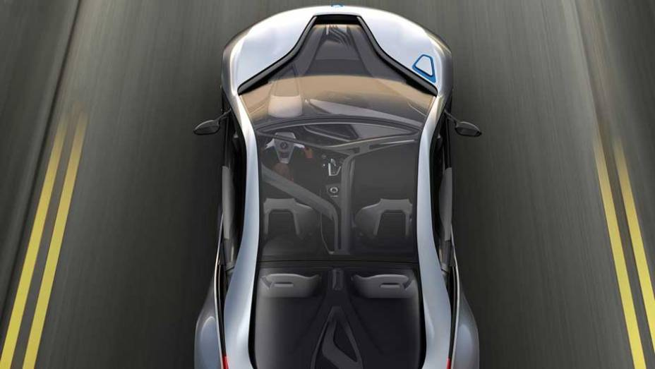 """Esportivo de linhas futuristas, ele inaugura a divisão """"i"""" de carros elétricos da BMW. <a href=""""http://quatrorodas.abril.com.br/noticias/sustentabilidade-bmw-revela-detalhes-divisao-eletrica-i-natali-chiconi-297169_p.shtml"""" rel=""""migration""""></a>"""