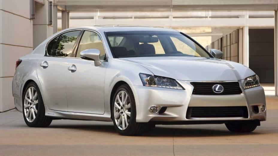 Modelo é a quarta geração do Lexus GS 450h