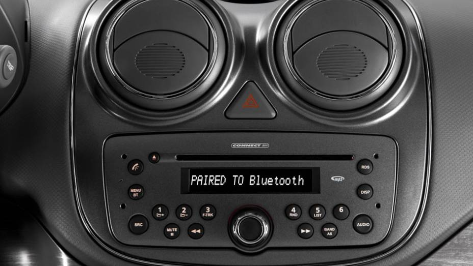 """MP3 com Bluetooth também é opcional. <a href=""""http://quatrorodas.abril.com.br/carros/lancamentos/novo-fiat-palio-645462.shtml"""" rel=""""migration"""">Leia mais</a>"""