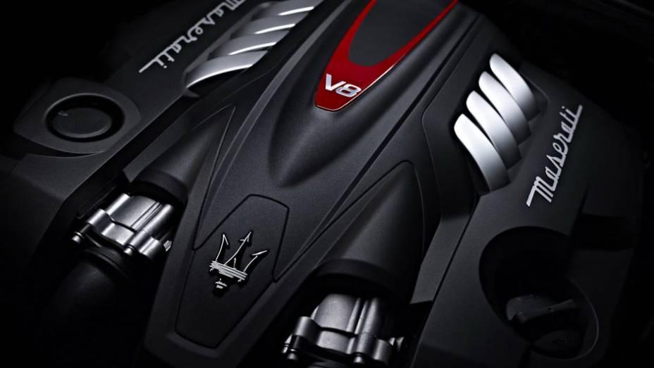 """Maserati revela as primeiras imagens e informações do Quattroporte   <a href=""""http://quatrorodas.abril.com.br/noticias/mercado/maserati-revela-novo-quattroporte-715235.shtml"""" rel=""""migration"""">Leia mais</a>"""