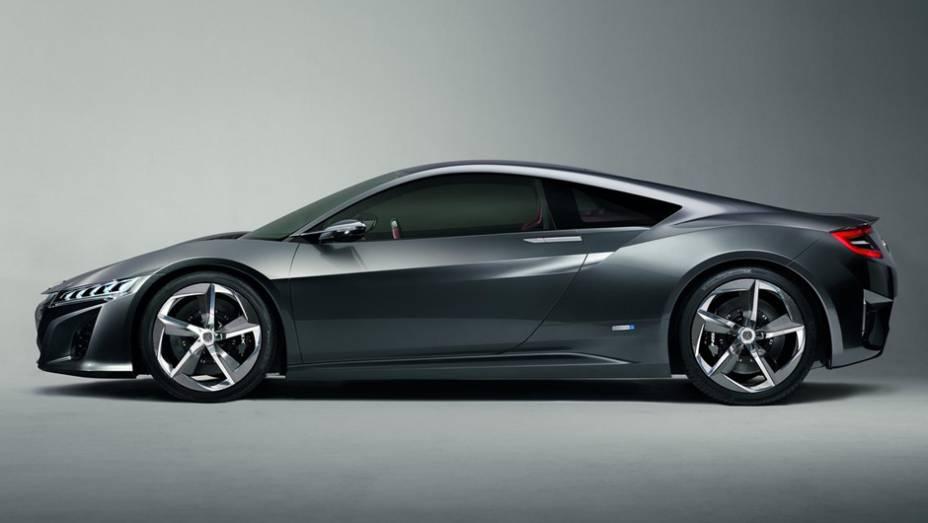 """A marca atualizou um carro-conceito, o esportivo NSX   <a href=""""http://quatrorodas.abril.com.br/saloes/detroit/2013/acura-nsx-concept-731066.shtml"""" rel=""""migration"""">Leia mais</a>"""