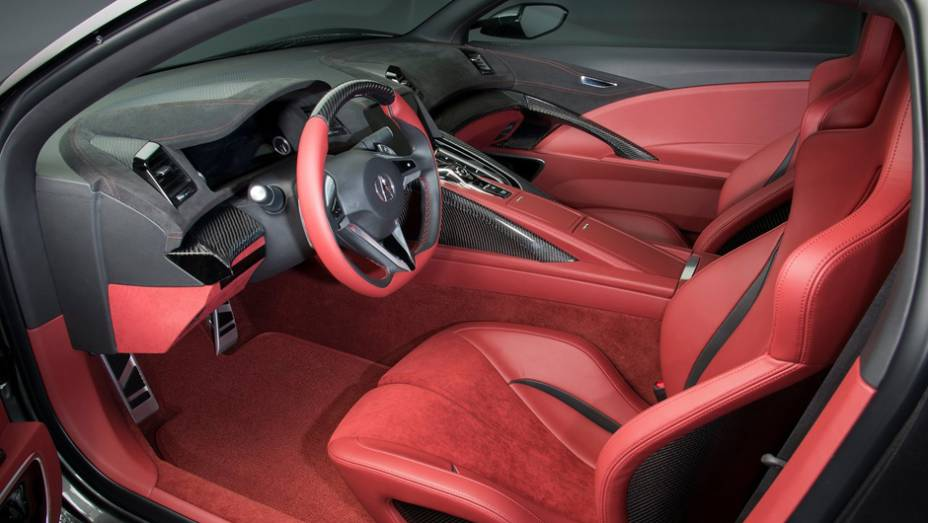 """Sem revelar outras informações, a Acura prevê que a versão de produção do NSX comece a ser fabricada em 2015   <a href=""""http://quatrorodas.abril.com.br/saloes/detroit/2013/acura-nsx-concept-731066.shtml"""" rel=""""migration"""">Leia mais</a>"""