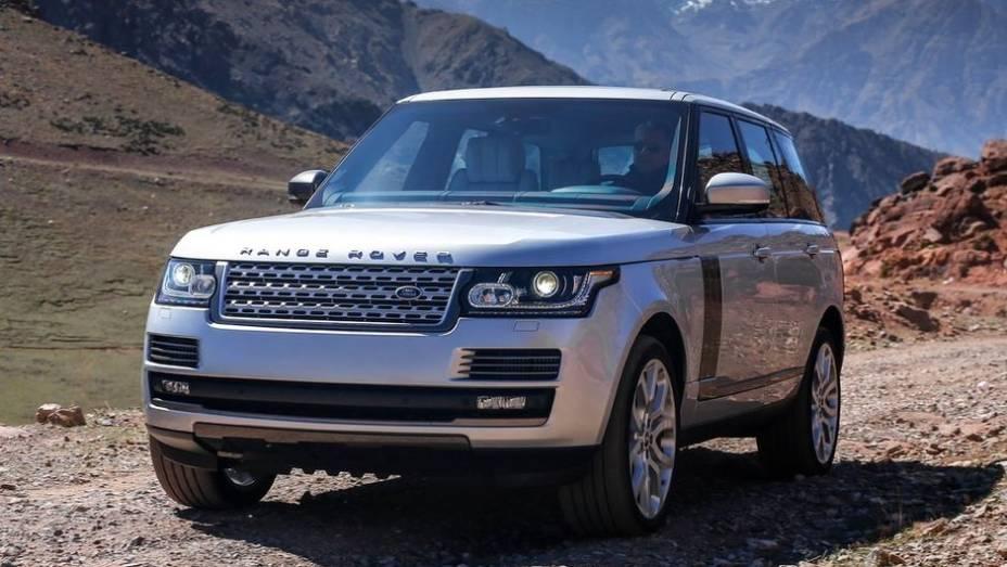 """CARRO DO ANO - Land Rover Range Rover   <a href=""""http://quatrorodas.abril.com.br/noticias/mercado/finalistas-premio-carro-mundial-2013-sao-revelados-732525.shtml"""" rel=""""migration"""">Leia mais</a>"""