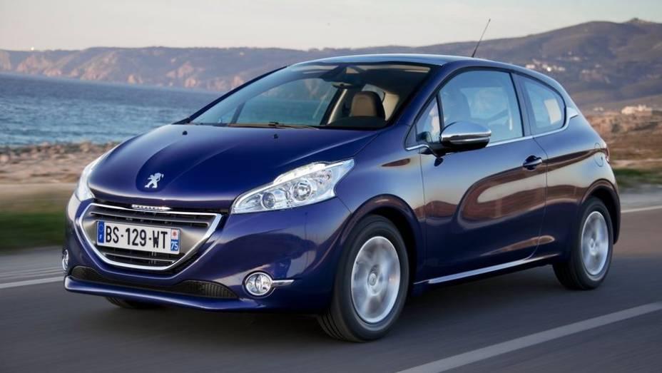 """CARRO DO ANO - Peugeot 208   <a href=""""http://quatrorodas.abril.com.br/noticias/mercado/finalistas-premio-carro-mundial-2013-sao-revelados-732525.shtml"""" rel=""""migration"""">Leia mais</a>"""