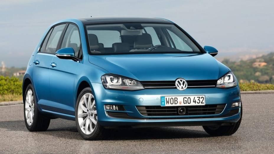"""CARRO DO ANO - Volkswagen Golf   <a href=""""http://quatrorodas.abril.com.br/noticias/mercado/finalistas-premio-carro-mundial-2013-sao-revelados-732525.shtml"""" rel=""""migration"""">Leia mais</a>"""