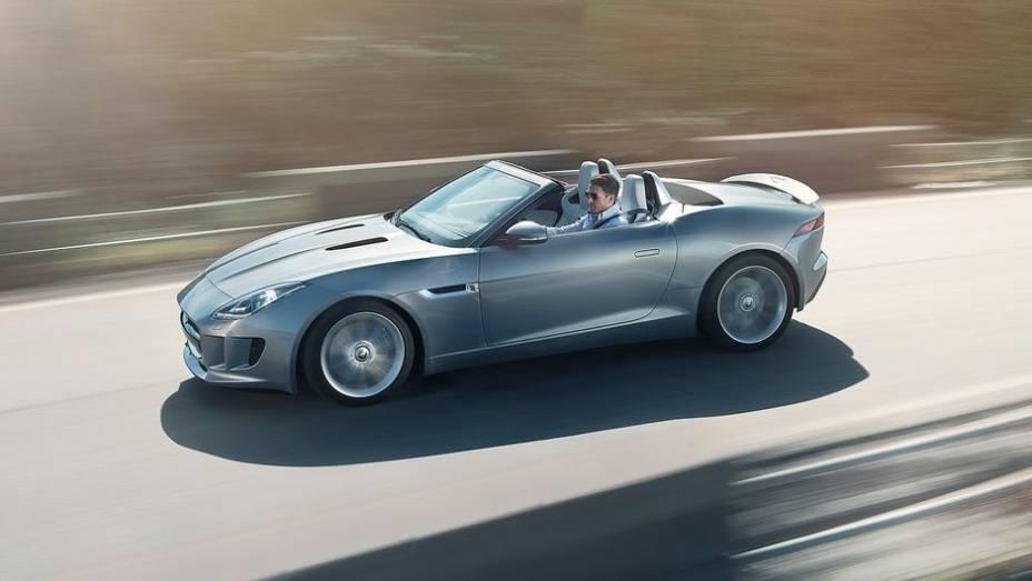 """DESIGN AUTOMOTIVO - Jaguar F-Type   <a href=""""http://quatrorodas.abril.com.br/noticias/mercado/finalistas-premio-carro-mundial-2013-sao-revelados-732525.shtml"""" rel=""""migration"""">Leia mais</a>"""