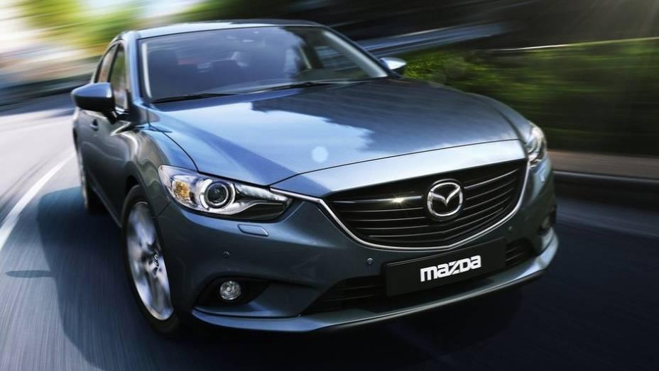 """DESIGN AUTOMOTIVO - Mazda6   <a href=""""http://quatrorodas.abril.com.br/noticias/mercado/finalistas-premio-carro-mundial-2013-sao-revelados-732525.shtml"""" rel=""""migration"""">Leia mais</a>"""