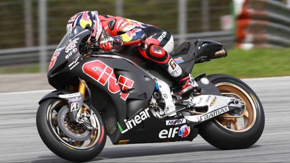 """Stefan Bradl (LCR Honda MotoGP) ficou em sétimo no último dia em Sepang. <a href=""""http://quatrorodas.abril.com.br/moto/noticias/motogp-pedrosa-lidera-ultimo-dia-sepang-734820.shtml"""" rel=""""migration"""">Leia mais</a>"""