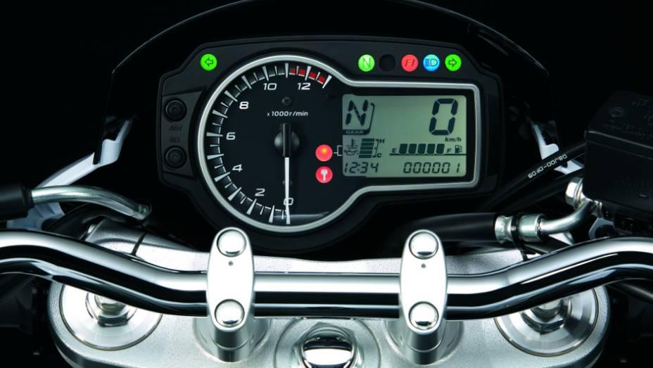"""A motocicleta está equipada com bons pacotes de tecnologia, começando com os freios ABS   <a href=""""http://quatrorodas.abril.com.br/moto/noticias/suzuki-anuncia-5-lancamentos-brasil-738290.shtml"""" rel=""""migration"""">Leia mais</a>"""