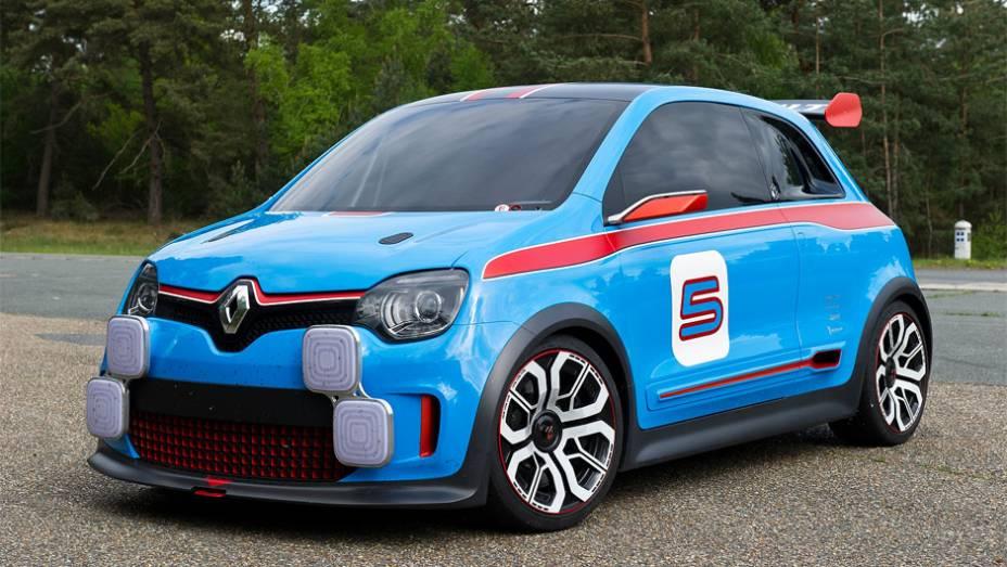 """Renault revela TwinRun concept em Mônaco  <a href=""""http://quatrorodas.abril.com.br/noticias/fabricantes/renault-twin-run-concept-revelado-monaco-742319.shtml"""" rel=""""migration"""">Leia mais</a>"""