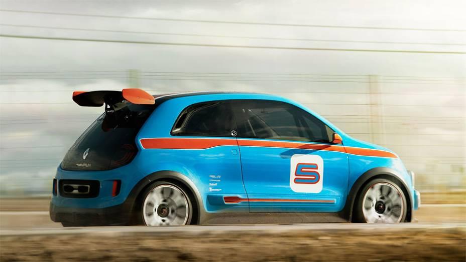 """Motor foi emprestado do Mégane Trophy de corrida   <a href=""""http://quatrorodas.abril.com.br/noticias/fabricantes/renault-twin-run-concept-revelado-monaco-742319.shtml"""" rel=""""migration"""">Leia mais</a>"""