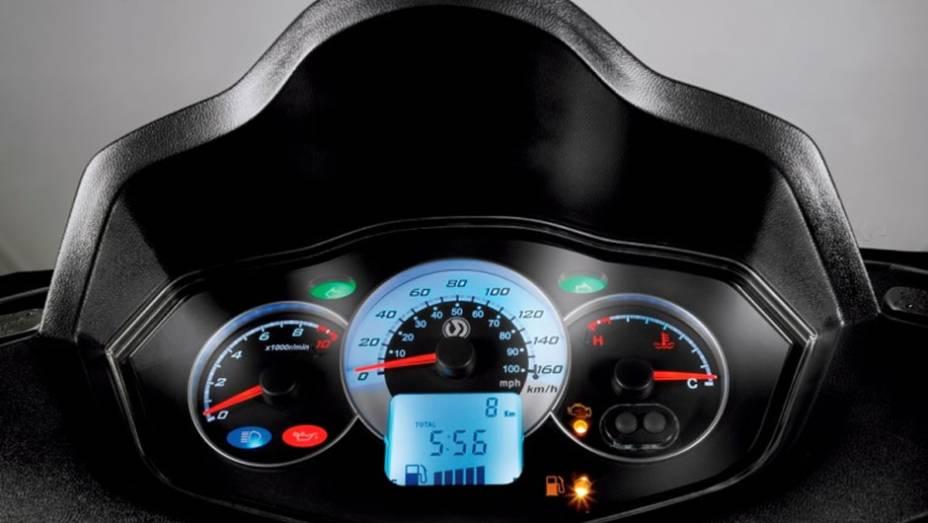 """Dafra Citycom 300i apresenta potência máxima de 23 cv a 7.500 rpm   <a href=""""http://quatrorodas.abril.com.br/moto/noticias/dafra-apresenta-novo-citycom-300i-742713.shtml"""" rel=""""migration"""">Leia mais</a>"""