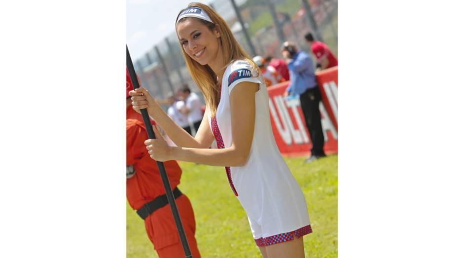 """Veja as belas garotas que marcaram presença no GP da Itália e saiba como foi a corrida!   <a href=""""%20http://quatrorodas.abril.com.br/moto/galerias/competicoes/motogp-italia-corrida-742934.shtml"""" rel=""""migration"""">Leia mais</a>"""