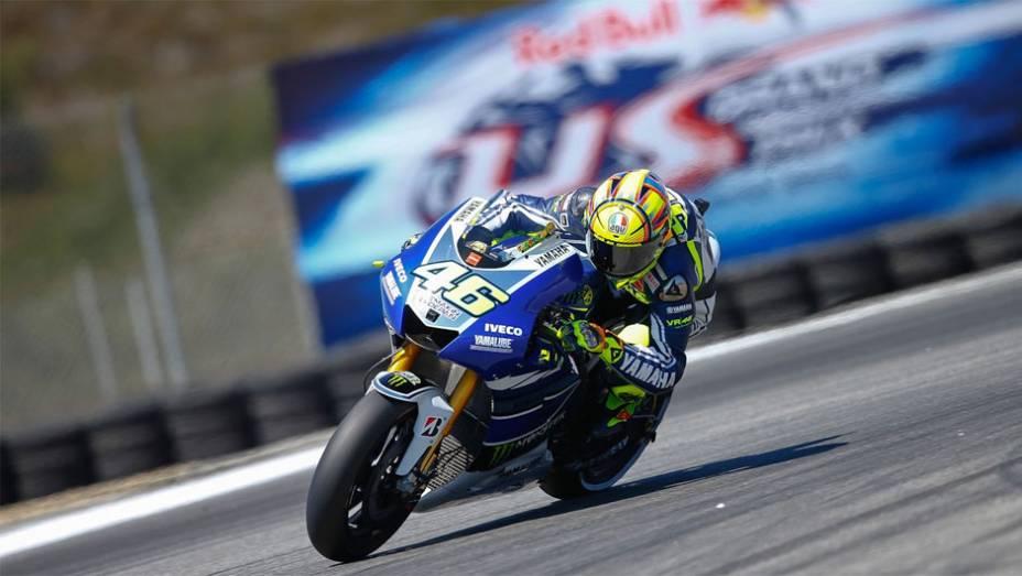 """Valentino Rossi (Yamaha Factory Racing) largará em quarto lugar nos EUA   <a href=""""http://quatrorodas.abril.com.br/moto/noticias/motogp-bradl-surpreende-pole-eua-747594.shtml"""" rel=""""migration"""">Leia mais</a>"""
