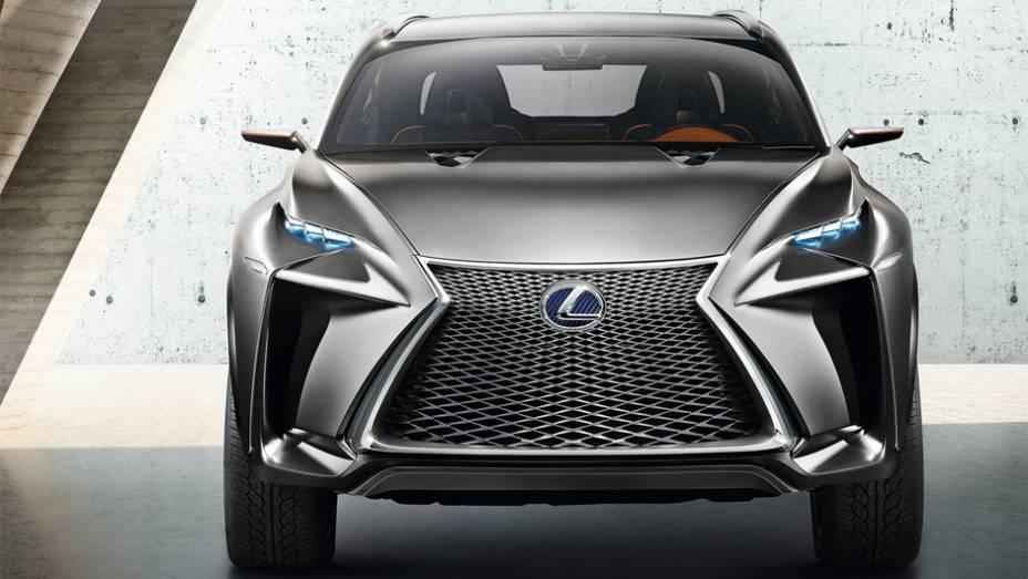 """A adaptação mais recente da linguagem de design """"L-finesse"""" da Lexus pode ser considerada a mais agressiva já mostrada   <a href=""""%20http://quatrorodas.abril.com.br/saloes/frankfurt/2013/lexus-lf-nx-752303.shtml"""" rel=""""migration"""">Leia mais</a>"""