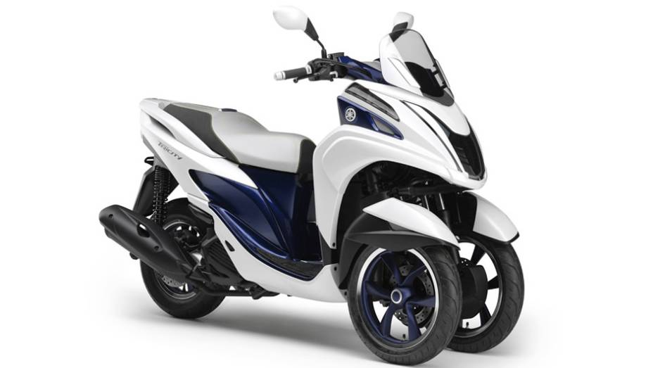 """Yamaha Tricity   <a href=""""http://quatrorodas.abril.com.br/moto/noticias/yamaha-mostra-modelos-salao-toquio-760140.shtml"""" rel=""""migration"""">Leia mais</a>"""