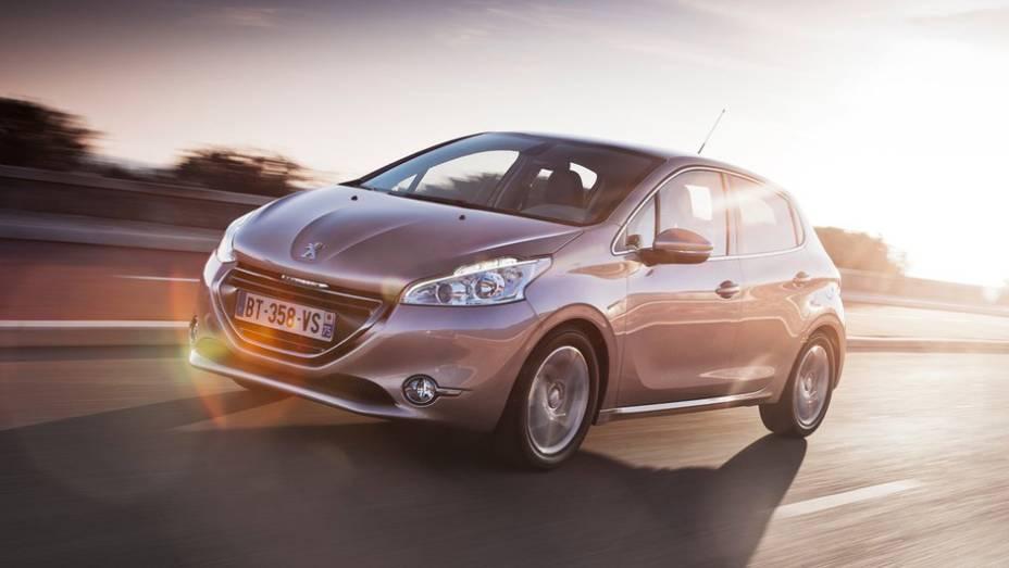 """6 - Peugeot 208   <a href=""""http://quatrorodas.abril.com.br/noticias/mercado/hb20-termo-mais-buscado-brasil-2013-763387.shtml"""" rel=""""migration"""">Leia mais</a>"""