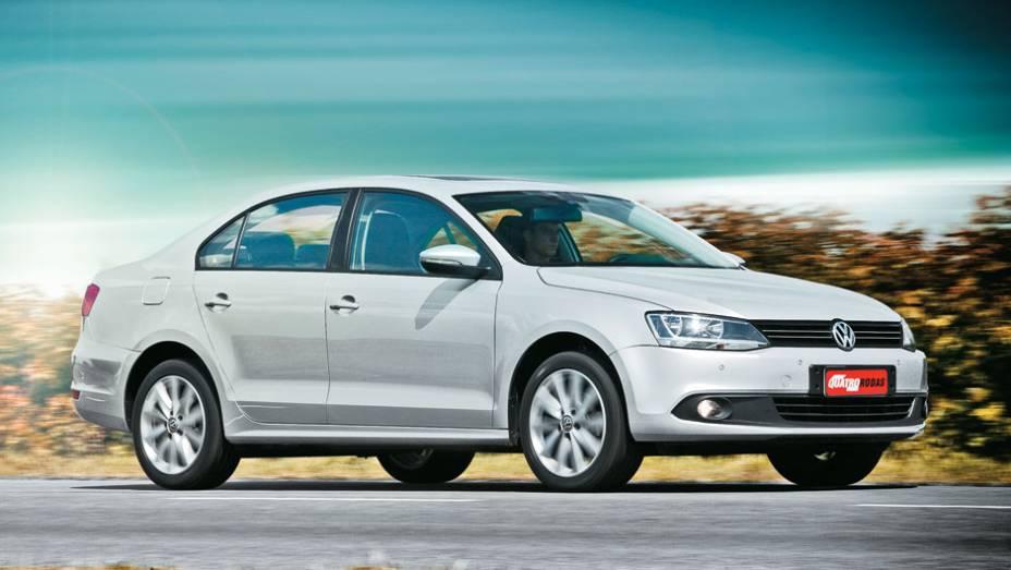 """No sexto lugar aparecem Volkswagen Jetta 2.0 - 9.9%   <a href=""""http://quatrorodas.abril.com.br/reportagens/servicos/tempo-dinheiro-765441.shtml"""" rel=""""migration"""">Leia mais</a>"""