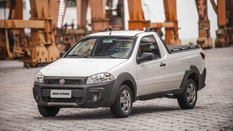 """Junto com a Fiat Strada Cab. Simples - 10,0%   <a href=""""http://quatrorodas.abril.com.br/reportagens/servicos/tempo-dinheiro-765441.shtml"""" rel=""""migration"""">Leia mais</a>"""