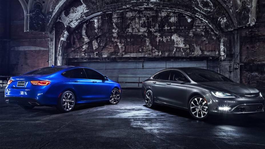 """O novo Chrysler 200 estará disponível em 11 cores diferentes   <a href=""""http://quatrorodas.abril.com.br/noticias/saloes/detroit-2014/novo-chrysler-200-faz-sua-estreia-detroit-768496.shtml"""" rel=""""migration"""">Leia mais</a>"""